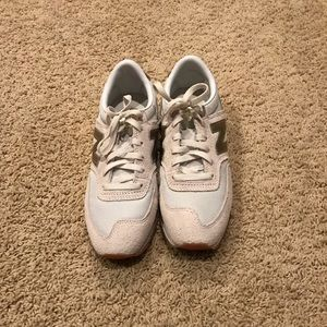 Shoes - New Balance tennis shoes